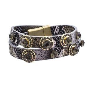 Jewelry - 🆕 Snakeskin Pattern Wrap Bracelet